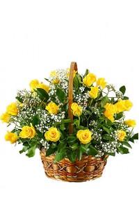 Кошница с Жълти рози