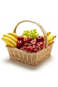 Кошница със сезонни плодове
