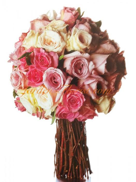 Декоративно дърво от рози
